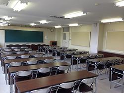 会議室 4